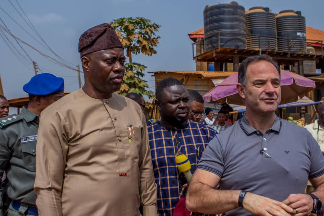 Seyi-Makinde-Visits-New-Garage-Bembo-Apata-Road