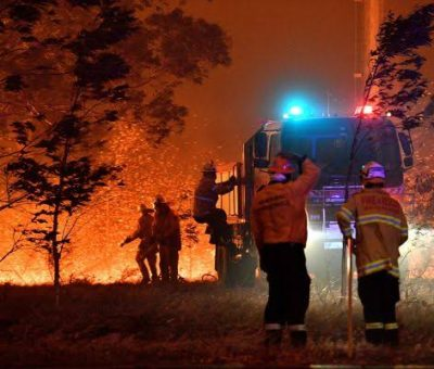 Excitement as American firefighters land in Australia to support in wildfires