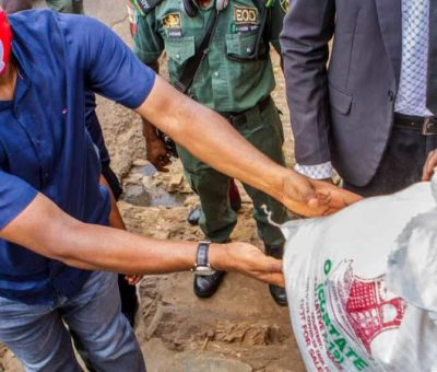 Gov. Makinde Distributes Palliatives in Ibadan, Says Govt to Support 10,000 Farmers