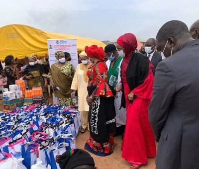 COVID-19: Minister of Women Affairs Distributes Sanitary Pads To Women, Girls To Cushion Lockdown Effect
