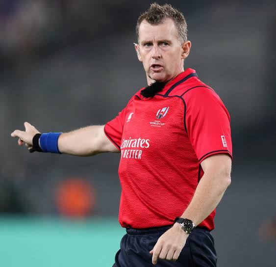 Breaking: Rugby referee Nigel Owens announces retirement from international game after 17years