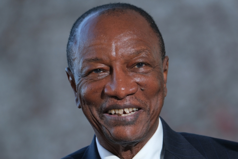 Guinean President Alpha Conde receives  COVID-19 vaccine
