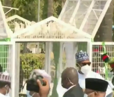 Nigeria: Pigeons Released By President Buhari Refuses To fly At Armed Forces Remembrance Day