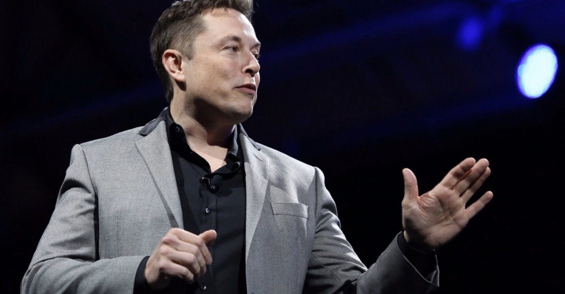 """""""We will be able to travel to Mars in the next five years""""- Elon Musk"""