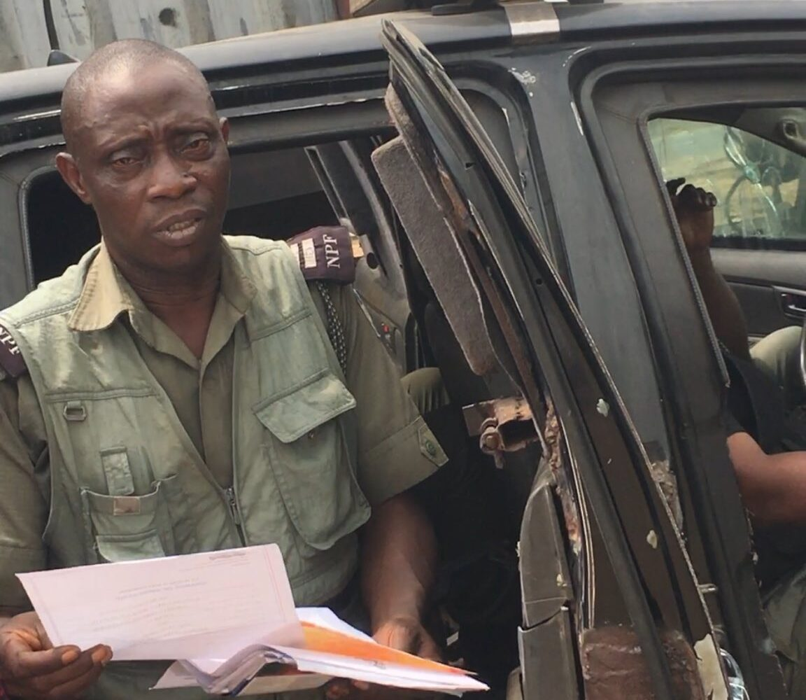 A man narrates how Nigerian Police officers extorted money from him