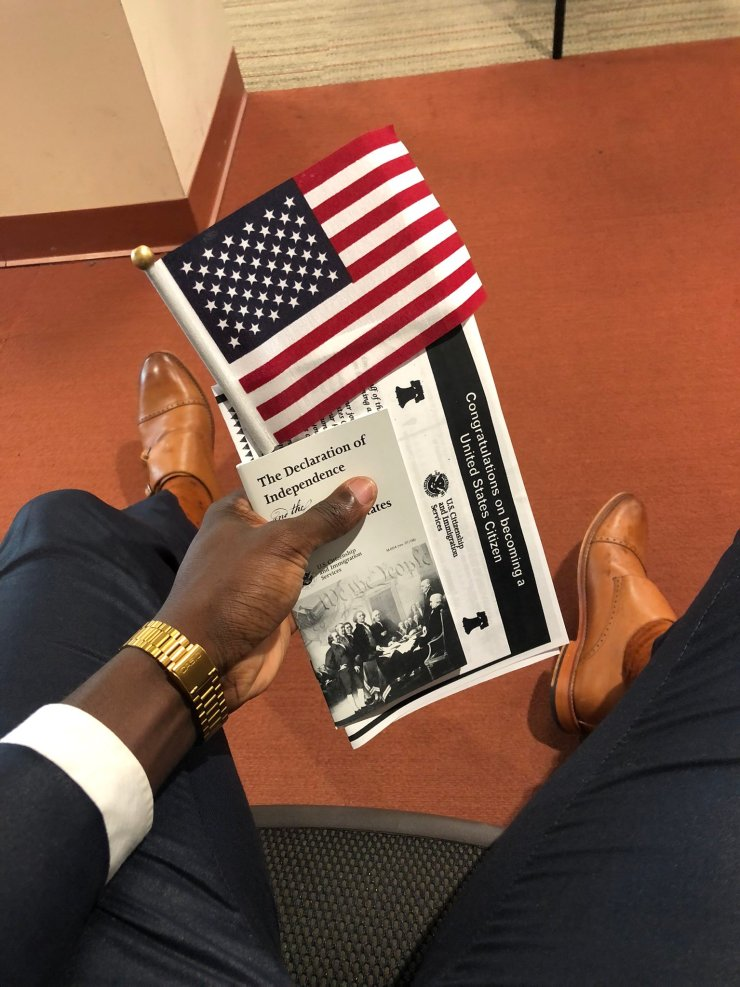 """""""That small boy from Sango-Ota – Nigerian man celebrates as he becomes a US citizen"""